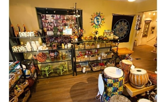 3 Best Gift Shops In Calgary Ab Threebestrated