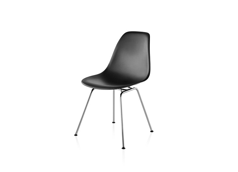 eames molded side chair bumbo high plastic 4 leg base three chairs