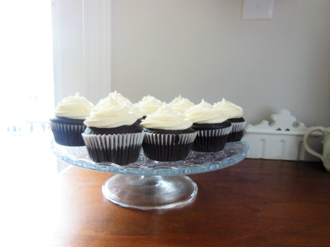 Chocolate Cupcakes with White Chocolate Buttercream Icing