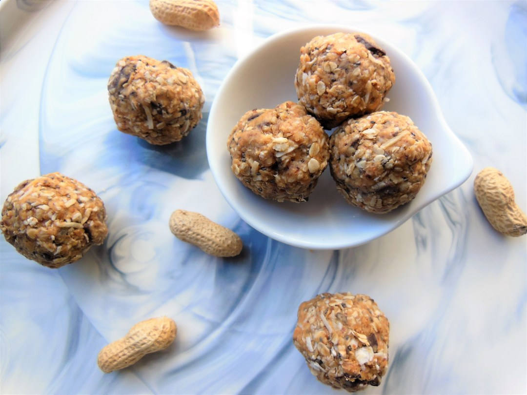 Healthy Peanut Butter Energy Bites Recipe