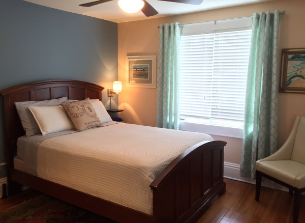 Sunset Suite Three Oaks Inn