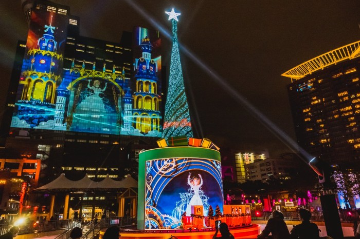 【2020新北歡樂耶誕城】迪士尼展區、時間、交通、演唱會、板橋車站住宿