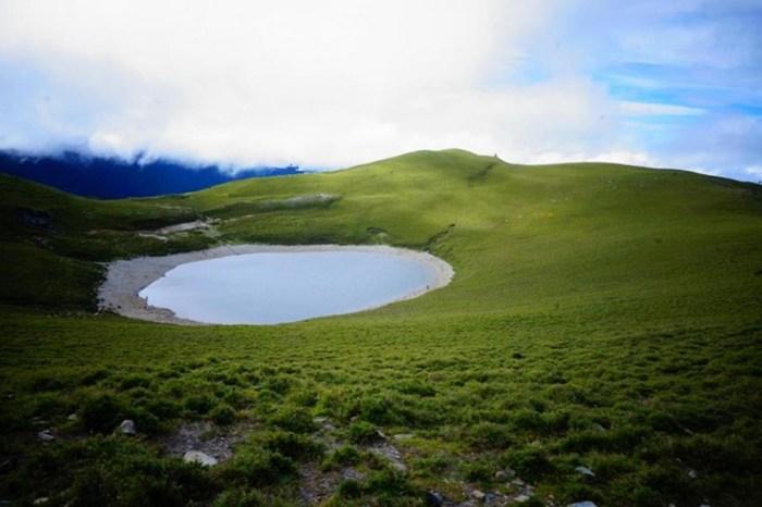 【三天三夜征服嘉明湖】走在世界的屋脊,領會台灣獨有高山隕石湖之美!