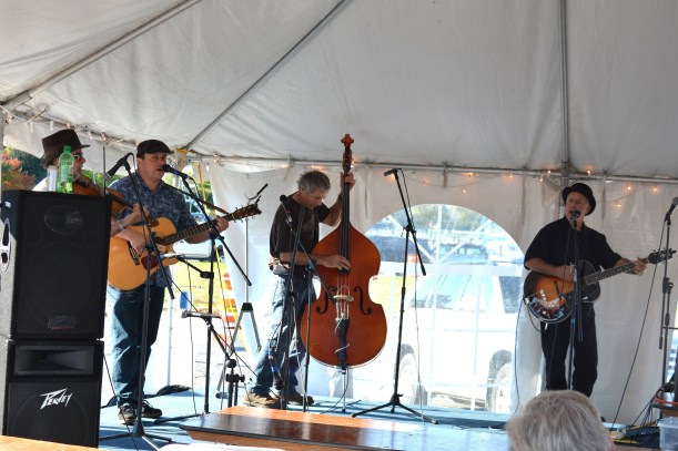 Schooner Rendezvous Music. Photo by Mike Hartley