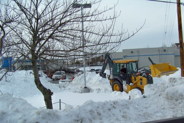 Clearing the lot at Odonnell Honda Photo by Mike Hartley
