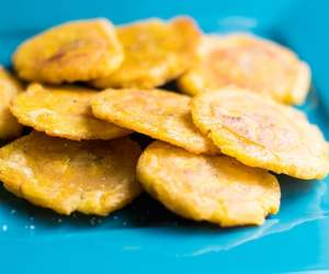 Tostones seasoned with salt