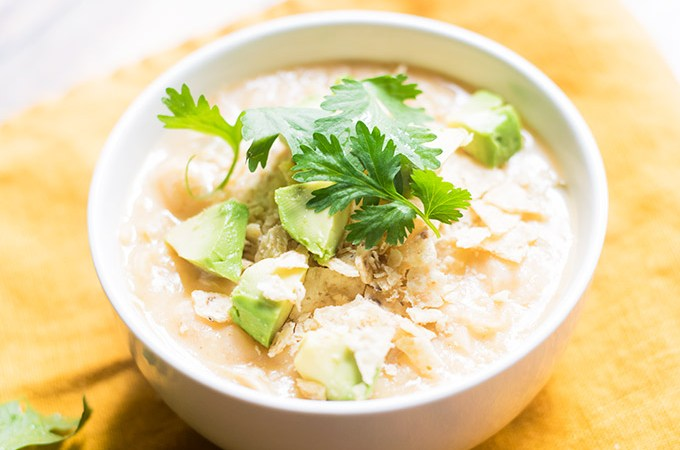 This White Chili from scratch will become your favorite meal this Fall and Winter. It's comforting and yummy!