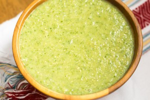 How to Make Salsa Verde (Recipe)