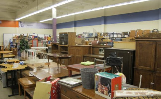 The Best Thrift Store In Seattle Go Inside The Goodwill