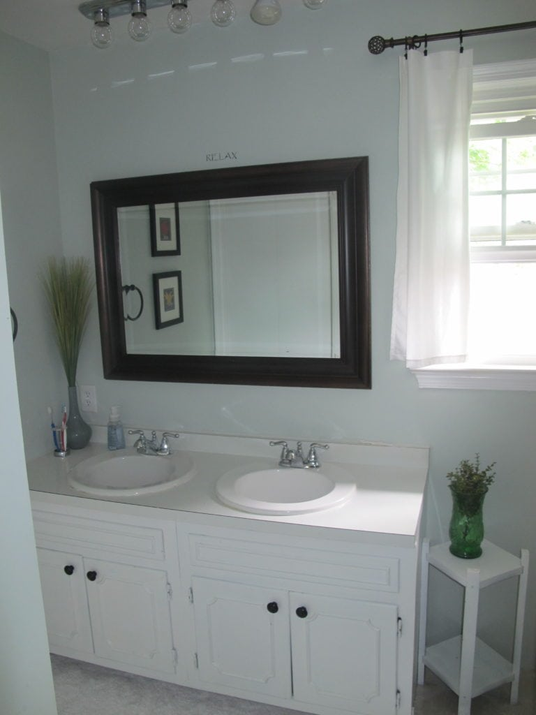 What to Do with a 50s Pink Bathroom - On the Cheap