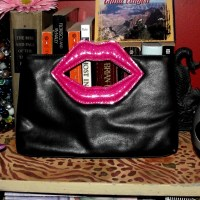 Thrifty Finds: Lips Clutch from Salvation Army