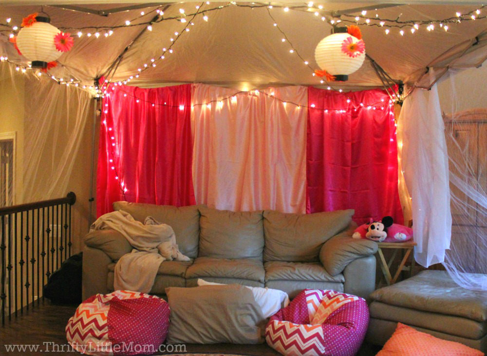 5 Ideas for an Epic Indoor Movie Party at Your House