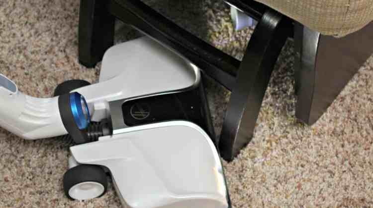 Tips To Save Your Sanity During Holiday Cleaning {+ Hoover REACT Cordless Vacuum Review}
