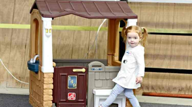 Step2 Porch View Playhouse Review {+ Step2 Giveaway}