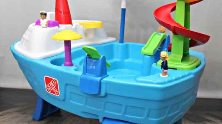 Fun Ways to Use a Water Table for Kids