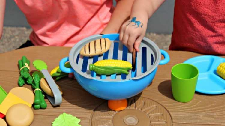 Kids Cookout Toy Sets {+ Giveaway}
