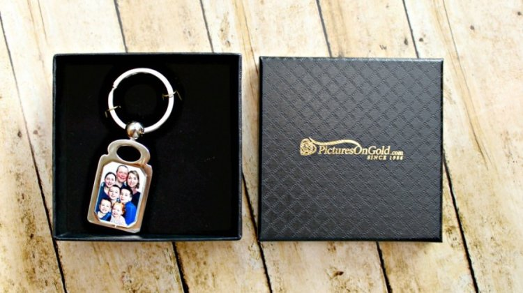 PicturesOnGold Stainless Steel Photo Dog Tag (Giveaway)