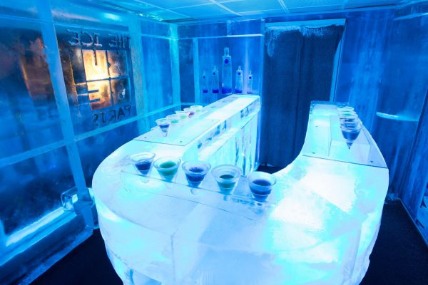 Ice Kube Bar in Paris