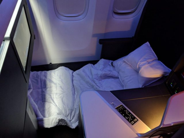 Delta One Suite bed