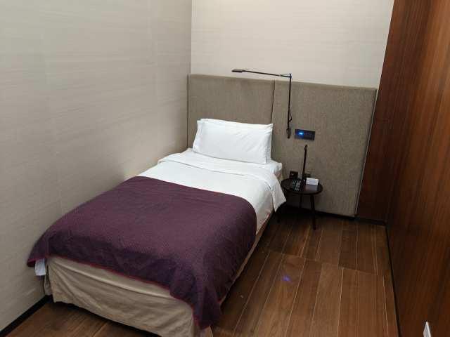 qatar airways sleeping room
