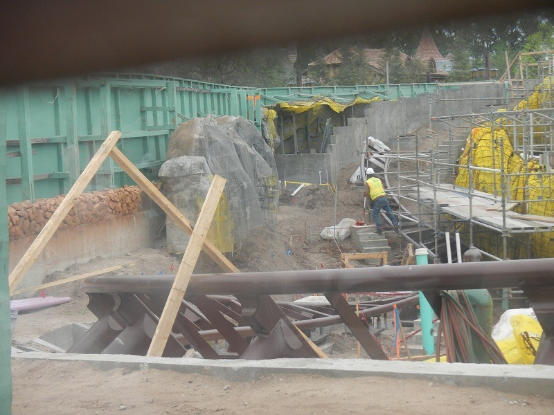Twisted coaster track.  This is one of the peek holes Disney has set up throughout the construction walls