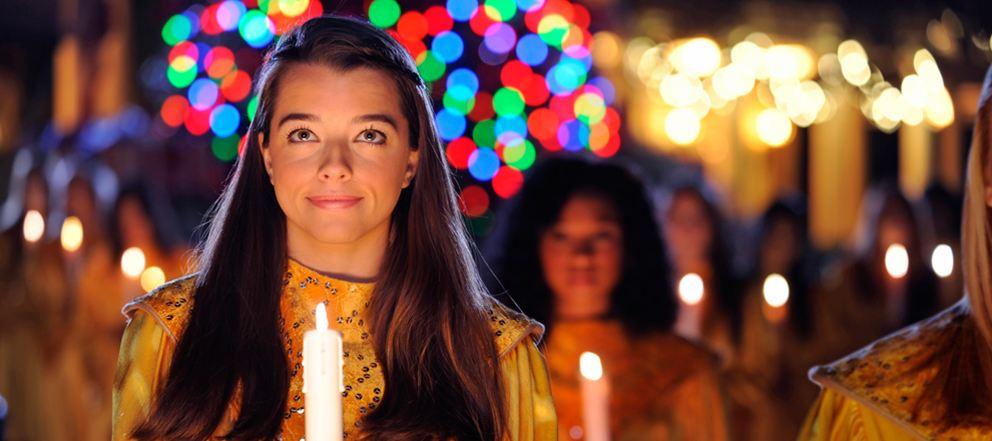 Holidays-Around-the-World-Candlelight-Processional