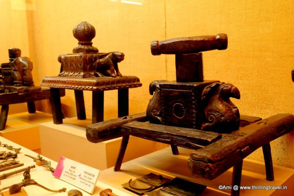 Noodle maker at Kelkar Museum