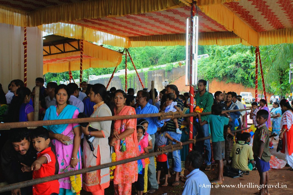 Queue of Devotees at the Touxeachem Feast