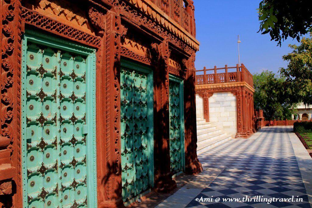 Elaborate doors at Jaswant Thada