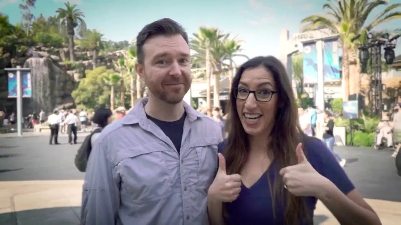 Surprise Proposal JP Record Holders Review Jurassic World – The Ride