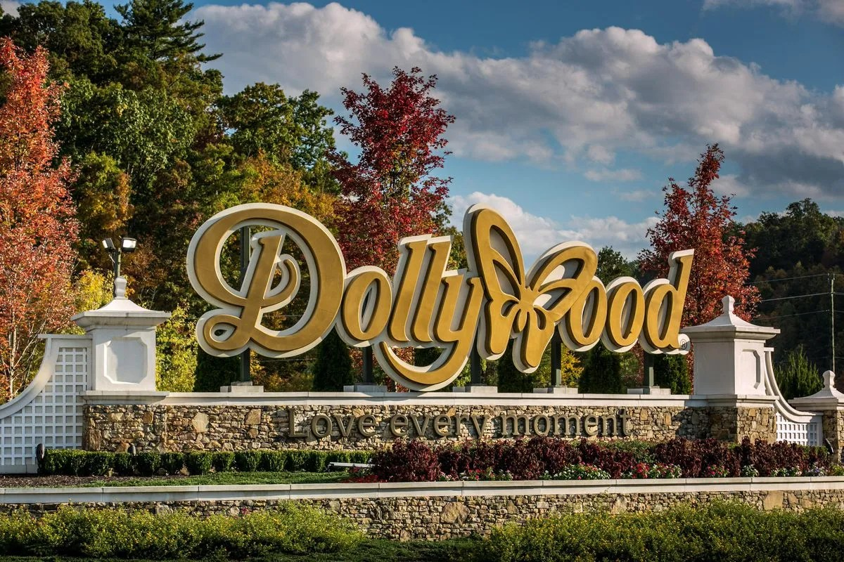 Dollywood Is Reopening 'Soon'—Until Then, Explore The Park Virtually And Make Its Signature Food At Home