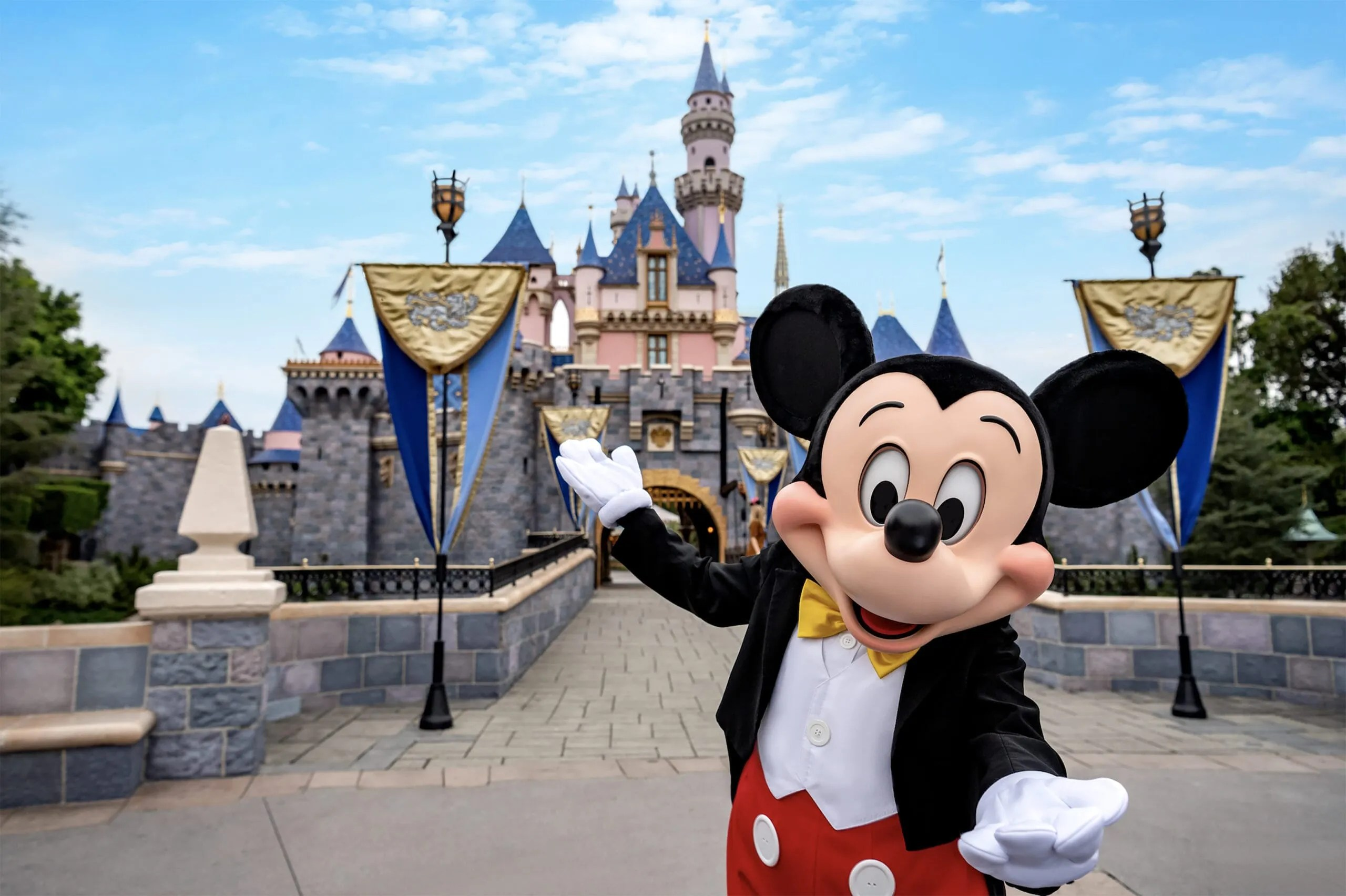 California State Officials Reviewing How and When to Reopen Disneyland Resort and Universal Studios Hollywood