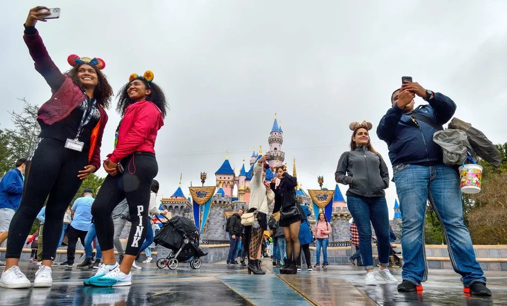 Will California keep theme parks closed until there's a widely available coronavirus vaccine?