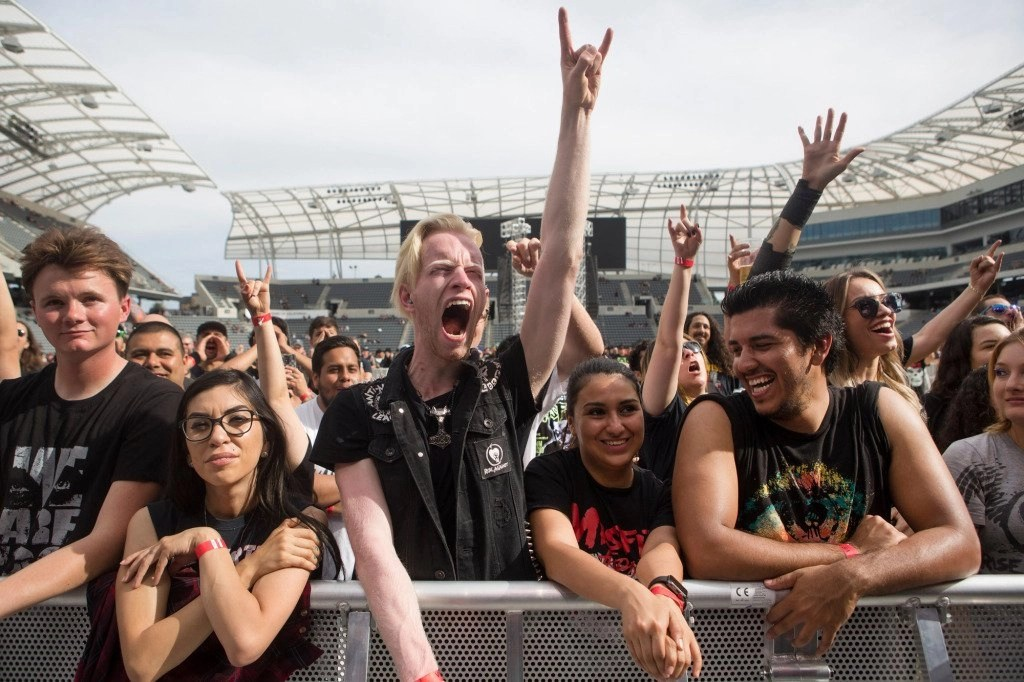 Concert venues, theme parks won't rush to open when COVID-19 tiers go away June 15