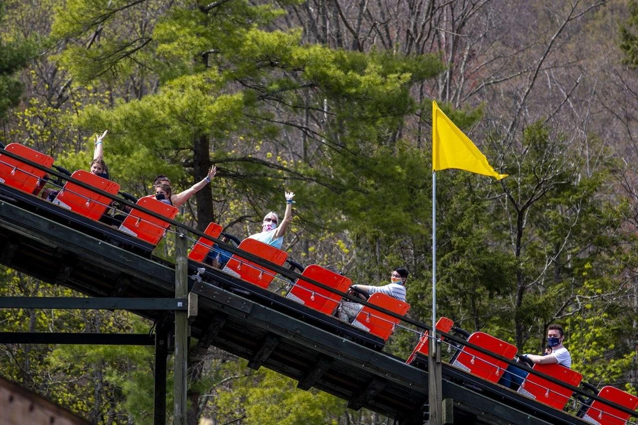 Knoebels, Dutch Wonderland, Hersheypark among list of world's best amusement parks this year