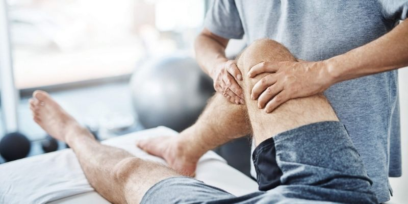 chiropractic exercises for knee injuries