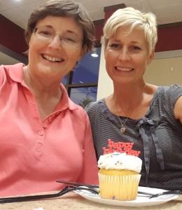 cupcake selfie Laura web