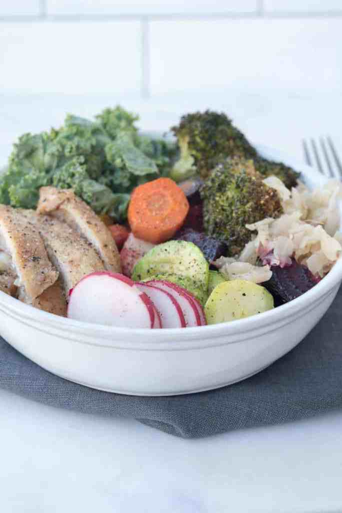Paleo Chicken Buddha Bowl - how to make a gluten-free, Paleo bowl that is packed full of nutrition and great to make ahead
