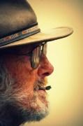 old man and cig lomo