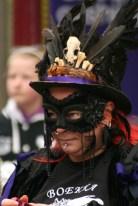 mask lady 2