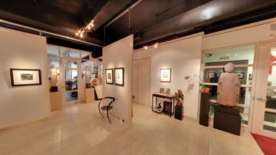 Throckmorton Fine Arts Gallery Showfloor