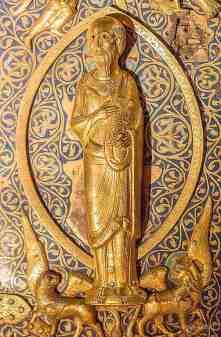 Disciple on right door