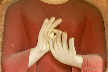 Touching fingers position