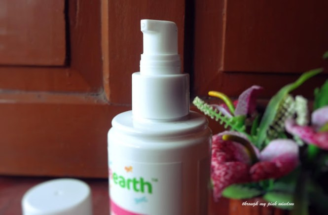Mamaearth Calming Body Wash for Mama review @throughmypinkwindow