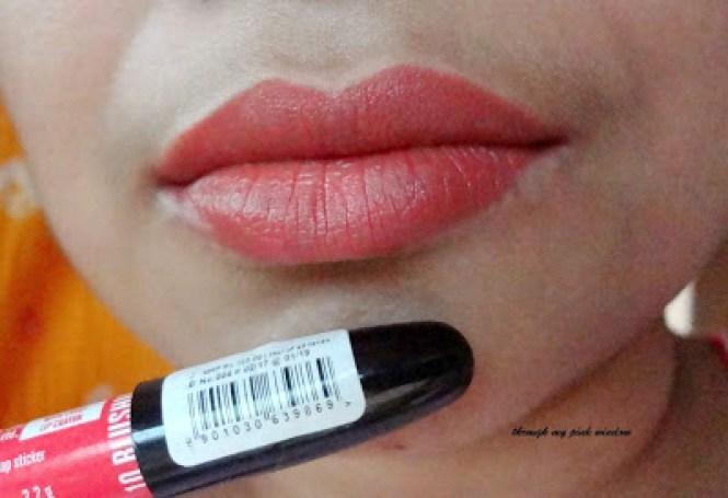 Lakme Enrich Lip Crayon in  Blushing Pink  Swatch and LOTD