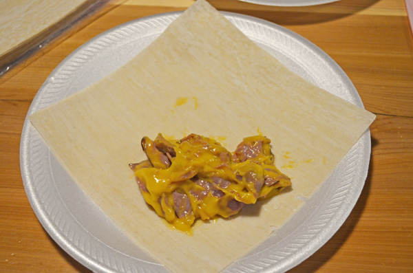 Roast Beef n Cheddar Egg Rolls by 3glol.net