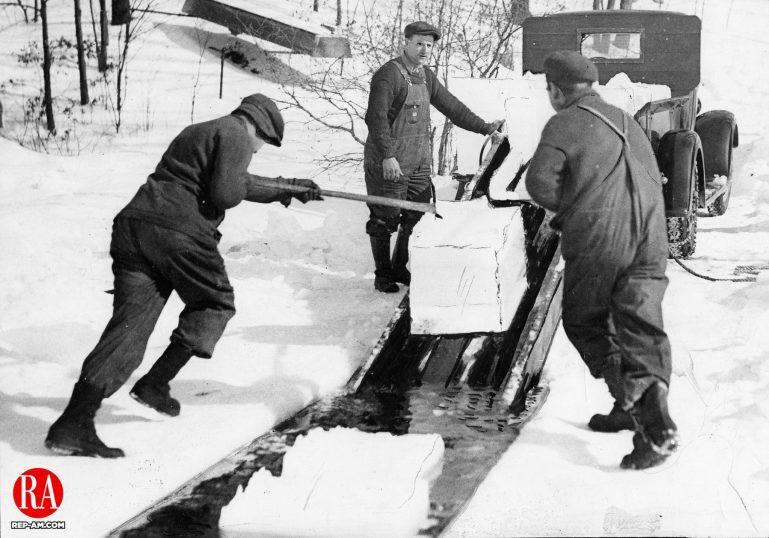 Ice harvesting in the Thomaston area around 1920.