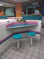 taco 90s bell interior retro aesthetic food fast 1990s restaurant restaurants aesthetics 80s vaporwave nostalgia exploring postmodern wonderland bells memphis