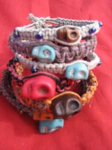 Skull braceltes