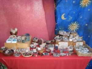 I took this photo of my rock table at NeoTribal The Gathering.